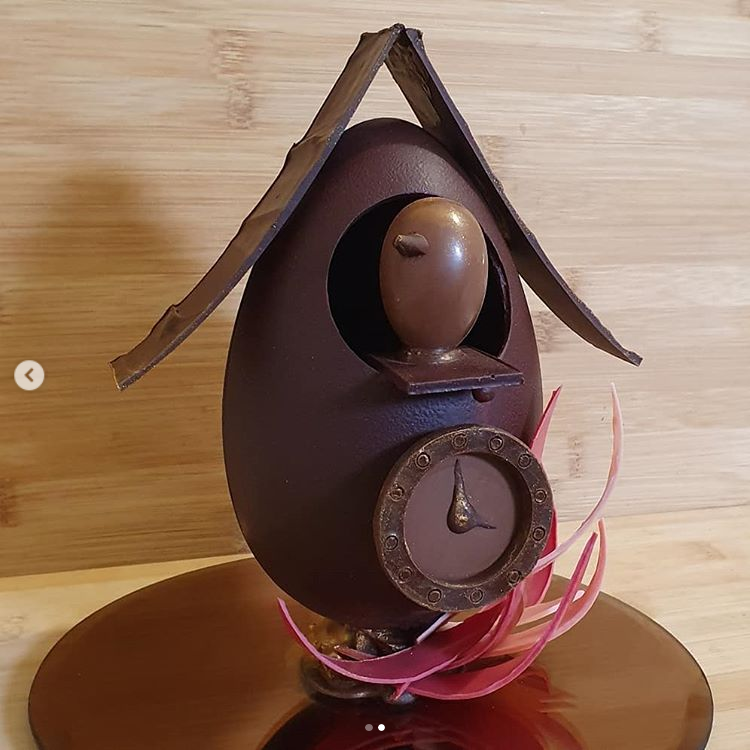 Easter egg clock Sculpture